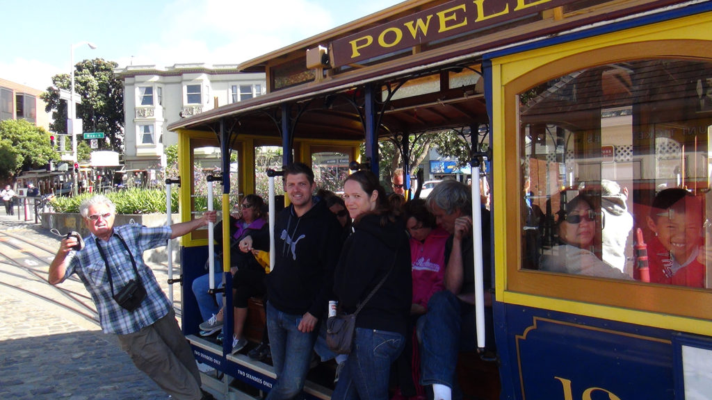 Světoznámé historické tramvaje v San Franciscu.